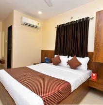 OYO 8757 Prakash Inn