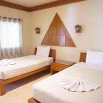 Uthai River Lake Resort