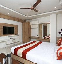 OYO 3340 Hotel Ashirwad Regency