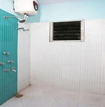 OYO 11081 Hotel Saraswati Inn