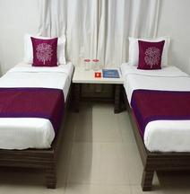 OYO 4018 Hotel Grand Ashwin NX