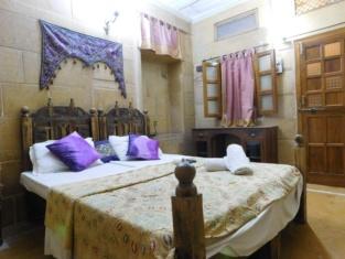 Hotel Shahi Palace