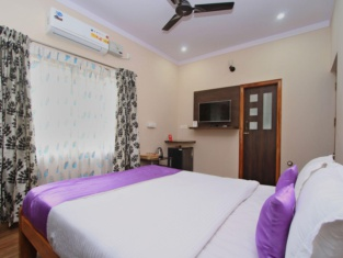 OYO 10451 Resside Apartment