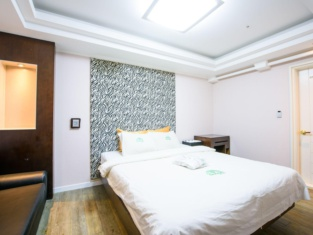Gangneung Donga Hotel