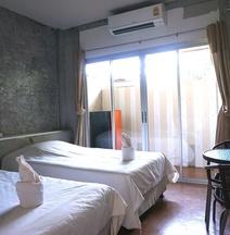 K-1 Modern Art Hotel NAN