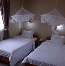 Keys Hotel Travel & Tours