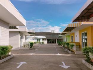 Hotel Supree by Mumsabai