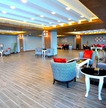 黄金布亚里达兰酒店