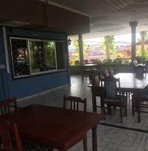 Bina's Inn Hotel