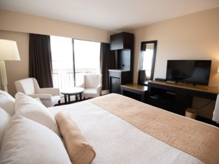 North Star Inn & Suites