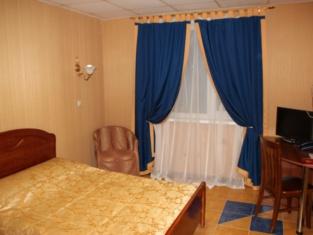 Alpari Hotel