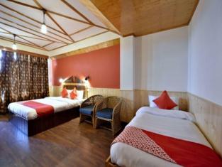 OYO 12061 Hotel Pine View