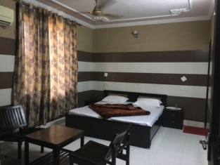 Hotel Shri Amarnath Lodge