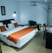 Maranatha Suites