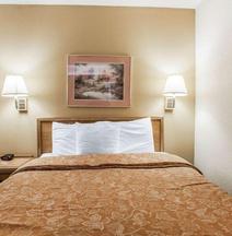 Econo Lodge Inn & Suites Bettendorf