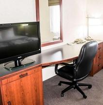 Sleep Inn & Suites Allendale