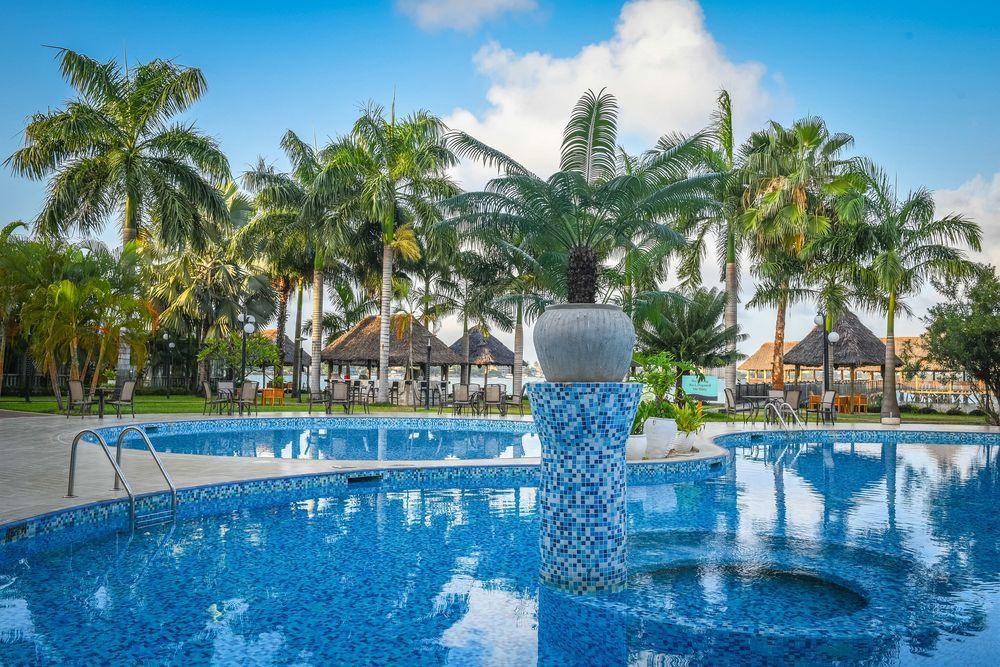 DoubleTree by Hilton Dar es Salaam Oysterbay