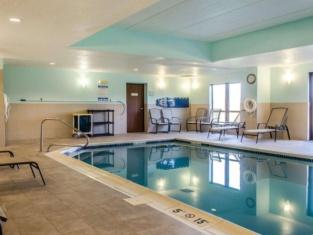 Comfort Suites Bloomsburg