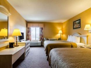 曼哈頓品質套房酒店