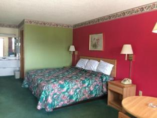 Western Motel - Camilla