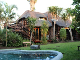 Tidewaters River Lodge