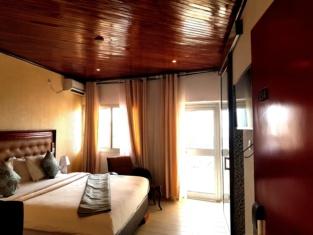 Fini Hotel Bobende