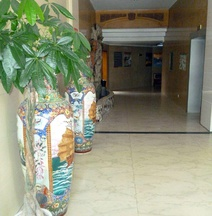 Ruihai Hotel