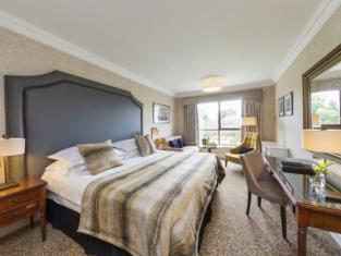 โรงแรมเรดิสัน บลู เซนต์เฮเลนส์