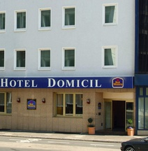 Favored Hotel Domicil
