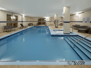 Courtyard by Marriott Montreal Airport