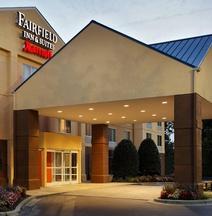 Fairfield Inn Suites Charlotte Arrowood