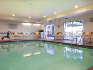 Fairfield Inn Suites Fort Worth/Fossil Creek