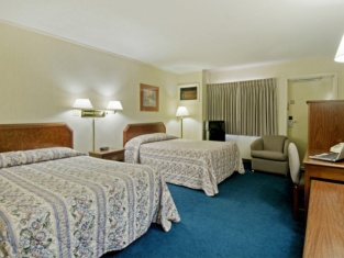 Americas Best Value Red Fox Inn and Suites