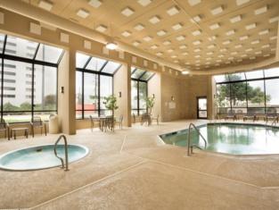 SureStay Plus Hotel by Best Western Houston Energy Corridor