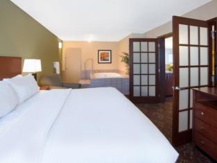 Holiday Inn Fairmont