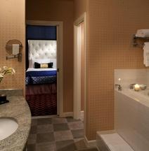 โรงแรมคิมป์ตัน โมนาโก ซอลท์เลคซิตี้