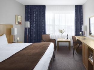 โรงแรมเรดิสัน บลู เลตเตอร์เคนนี