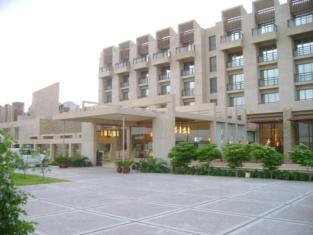 Zaver Pearl Continental, Gwadar