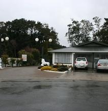 Queens Park Motels