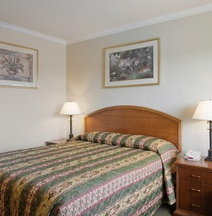 Americas Best Value Inn & Suites-Petaluma