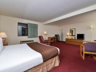 Americas Best Value Inn & Suites-Birch Run
