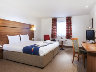 Doncaster International Hotel by Roomsbooked