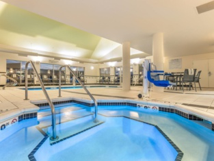 Fairfield Inn and Suites by Marriott Madison East