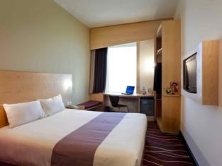 โรงแรมไอบิส ชารก์