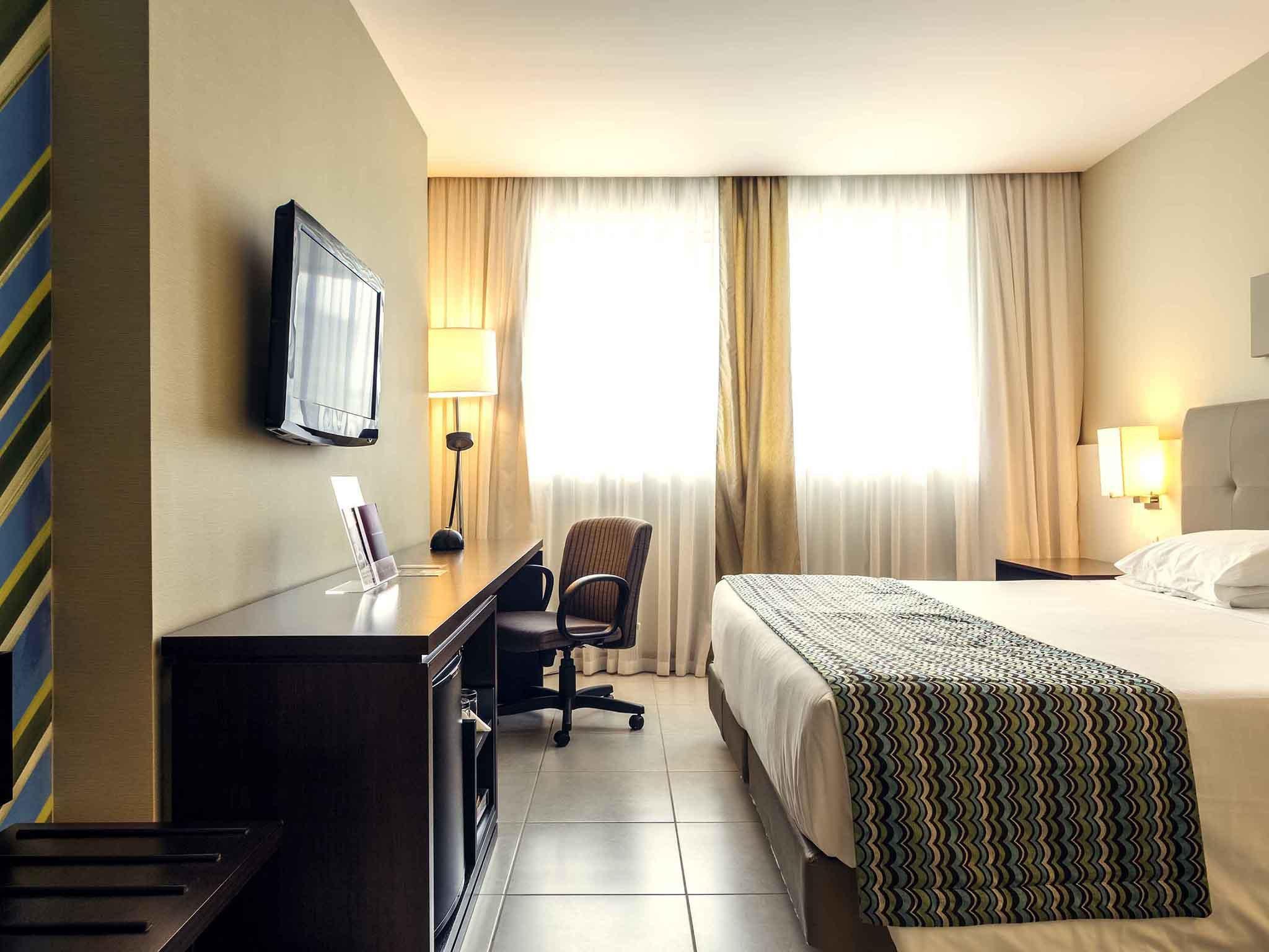 Hotel Mercure Salvador Pituba (Antigo Caesar Business)