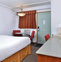 Canadas Best Value Inn - Lethbridge