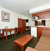 Americas Best Value Inn & Suites - Lake Charles/I-210 Exit 5