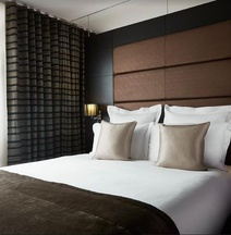 The Westbridge Hotel London