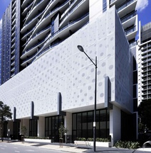 Grand Mercure Docklands Apartments