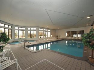 Soo Locks Lodge & Suites